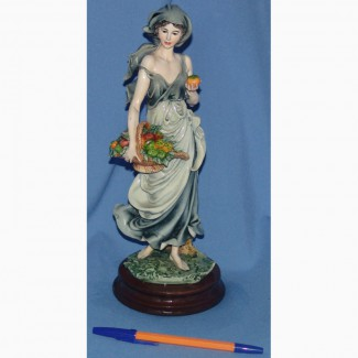 Продаю статуэтку Богиня Осени