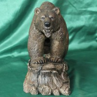 Эксклюзивный подарок из натурального камня кальцит Медведь АСТЕРИКС