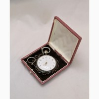 Продаются Серебряные карманные часы Omega с шатленом. Швейцария начало XX века