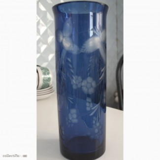 Продам красивую синюю вазу винтаж