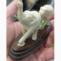 Статуэтка Слоны, резьба по бивню мамонта