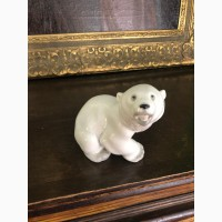 Фарфоровая статуэтка Белый медведь ЛФЗ