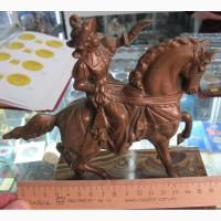 Бронзовая статуэтка Принц на лошади