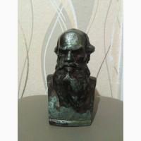 Продам бюст Л. Толстого могу с торговаться я живу не в Кумертау а в Кугарчинском р