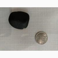 Камень 16чёрный