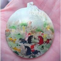 Медальон из жемчужной раковины с картиной, 19 век