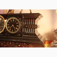Часы антикварные каминные шпиатр с подсвечниками