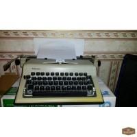 Пишущая механическая машинка Любава