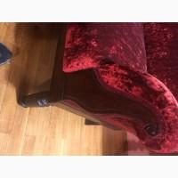 Продам антикварный диван