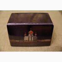 Старинная расписная лаковая шкатулка с изображением храма Христа Спасителя. Россия, XIX в