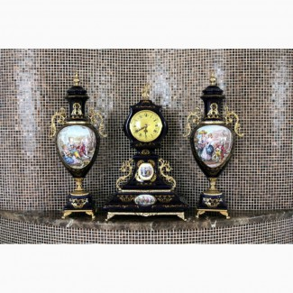 Винтажный каминный гарнитур - часы и 2 кубка