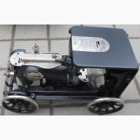 Модель автомобиля Роллс Ройс, авторская работа, из деталей швейной машинки Зингер