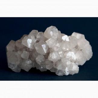Апофиллит, друза кристаллов