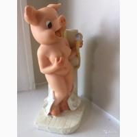 Статуэтка свинка в душе