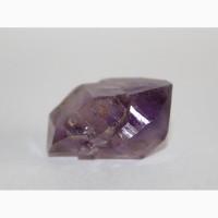 Аметист, сросток двухголовых кристаллов